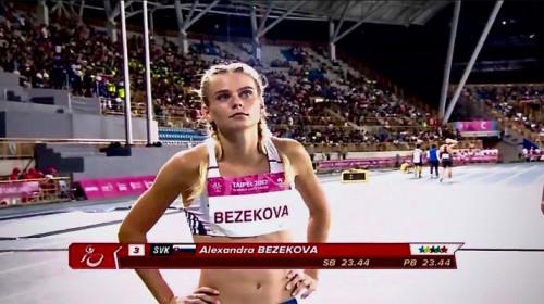 11 otázok pre ALEX BEZEKOVÚ slovenskú reprezentantku v ľahkej atletike.